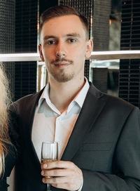 Александр Юшманов