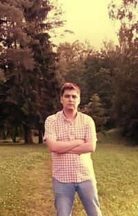Павел Исаченко